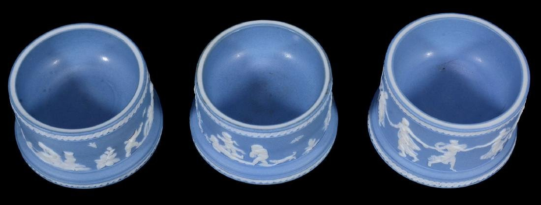 A pair of Wedgwood pale-blue dip jasper salt cellars, - 3