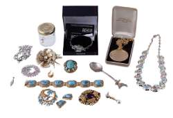 A selection of costume jewellery to include