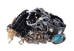 A small collection of costume jewellery, to include