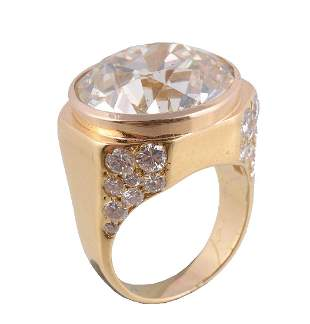 A diamond ring, mounted by Bulgari, the brilliant cut