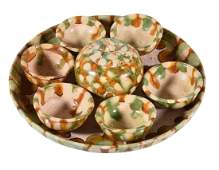 A Sancai-glazed pottery tray and cups