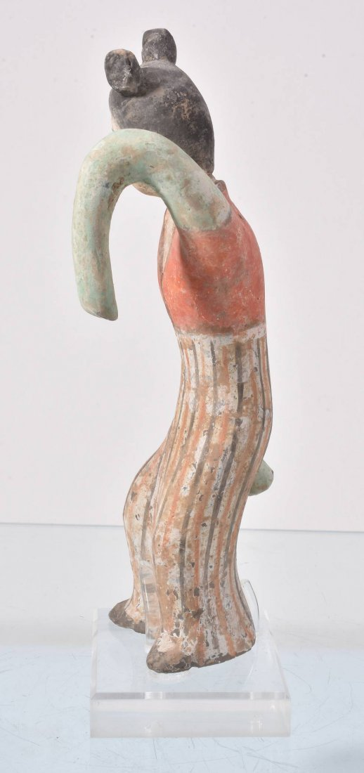 A Chinese painted pottery sleeve dancer - 3