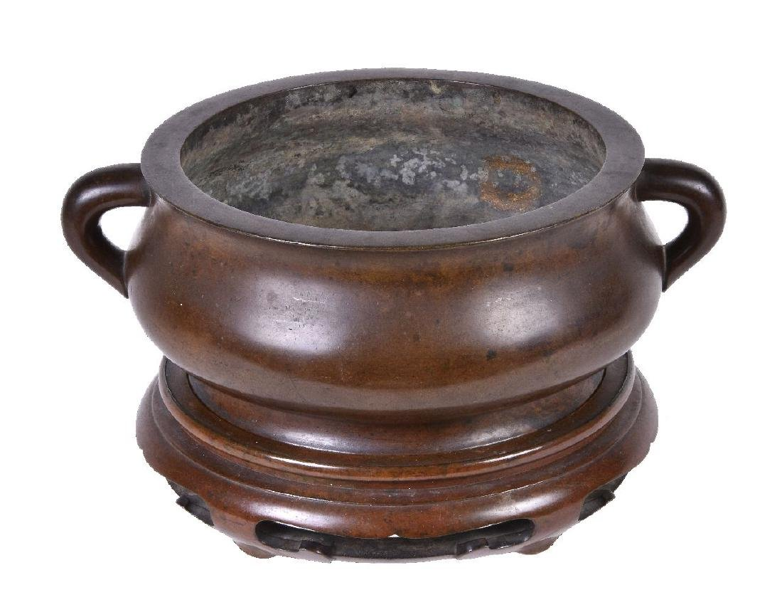 A Chinese bronze bombe censer and stand - 4