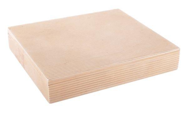 A rectangular cigarette or pocket box, incuse stam