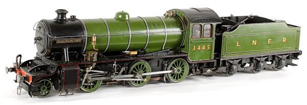 A well engineered 3 1/2 inch gauge model of London