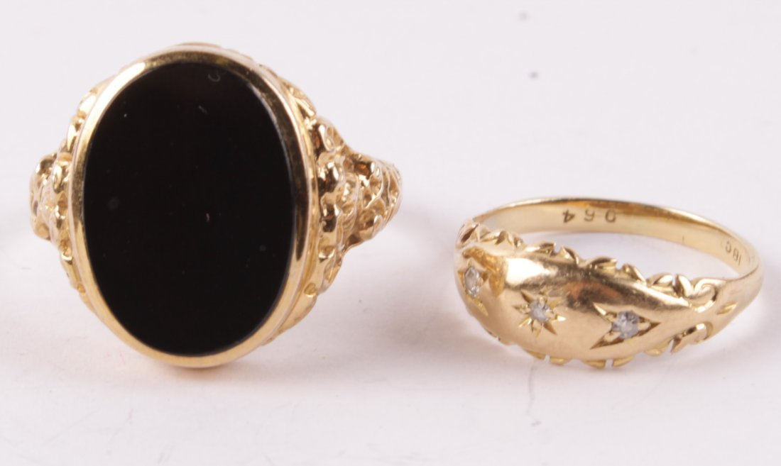 An early 20th century three stone diamond ring, th