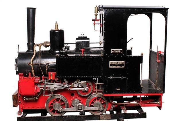 A well engineered 7 ¼ inch gauge model of an Orens