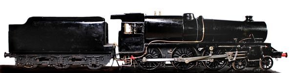 A model engineer built 7 ¼ inch gauge model of Lon
