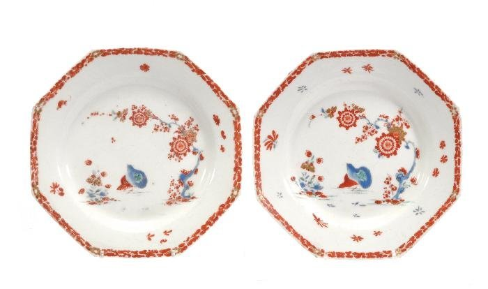 A pair of Bow 'Quail' pattern octagonal plates , t