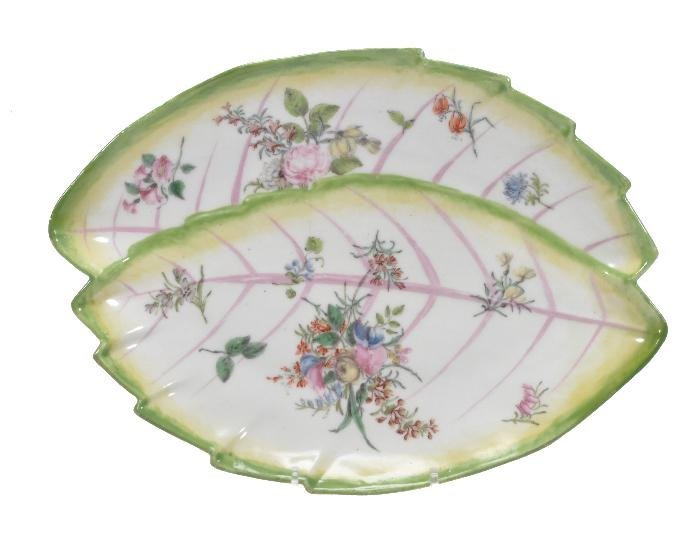 A Chelsea leaf-shaped dish , painted with sprays o