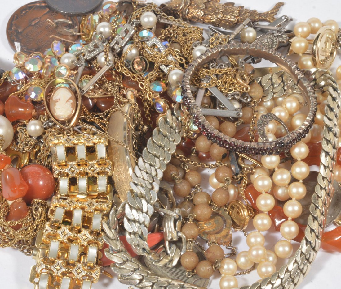 A collection of costume jewellery , to include a