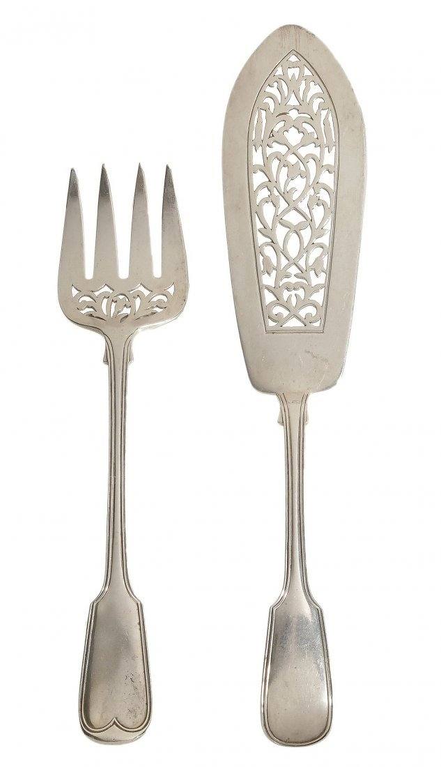 A pair of Victorian silver fiddle and thread pattern