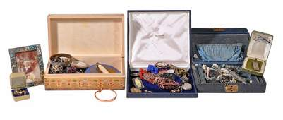 A collection of costume jewellery and other items,