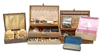 A collection of jewellery, watches and objects,