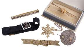 A small collection of Victorian jewellery , to include