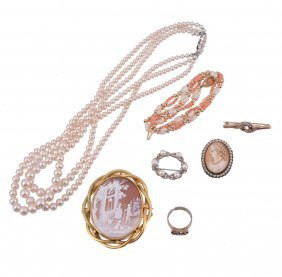 A Small Collection Of Costume Jewellery And Jewellery,