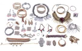 A collection of costume jewellery to include various