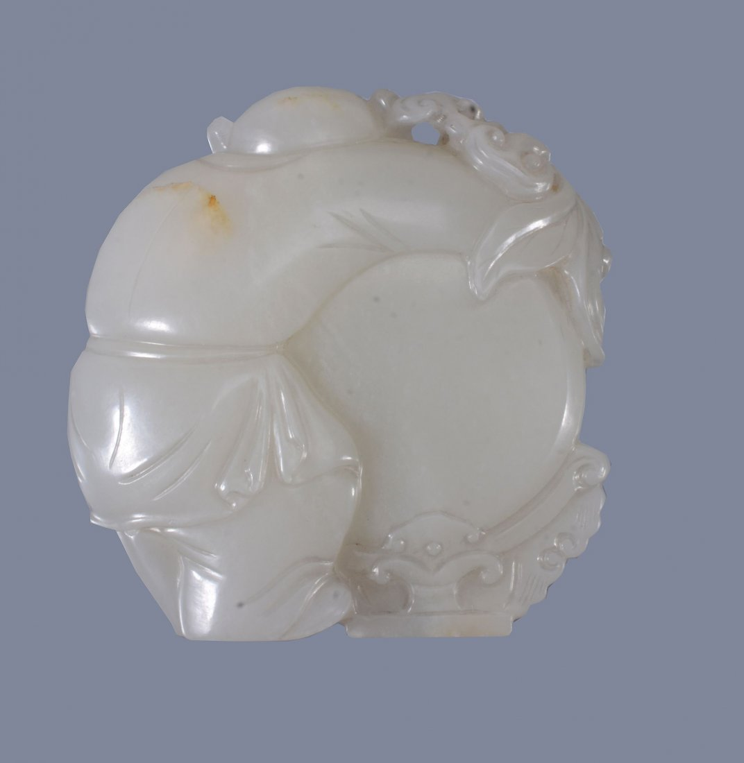 A good Chinese white jade 'Boy and Drum' pendant - 2