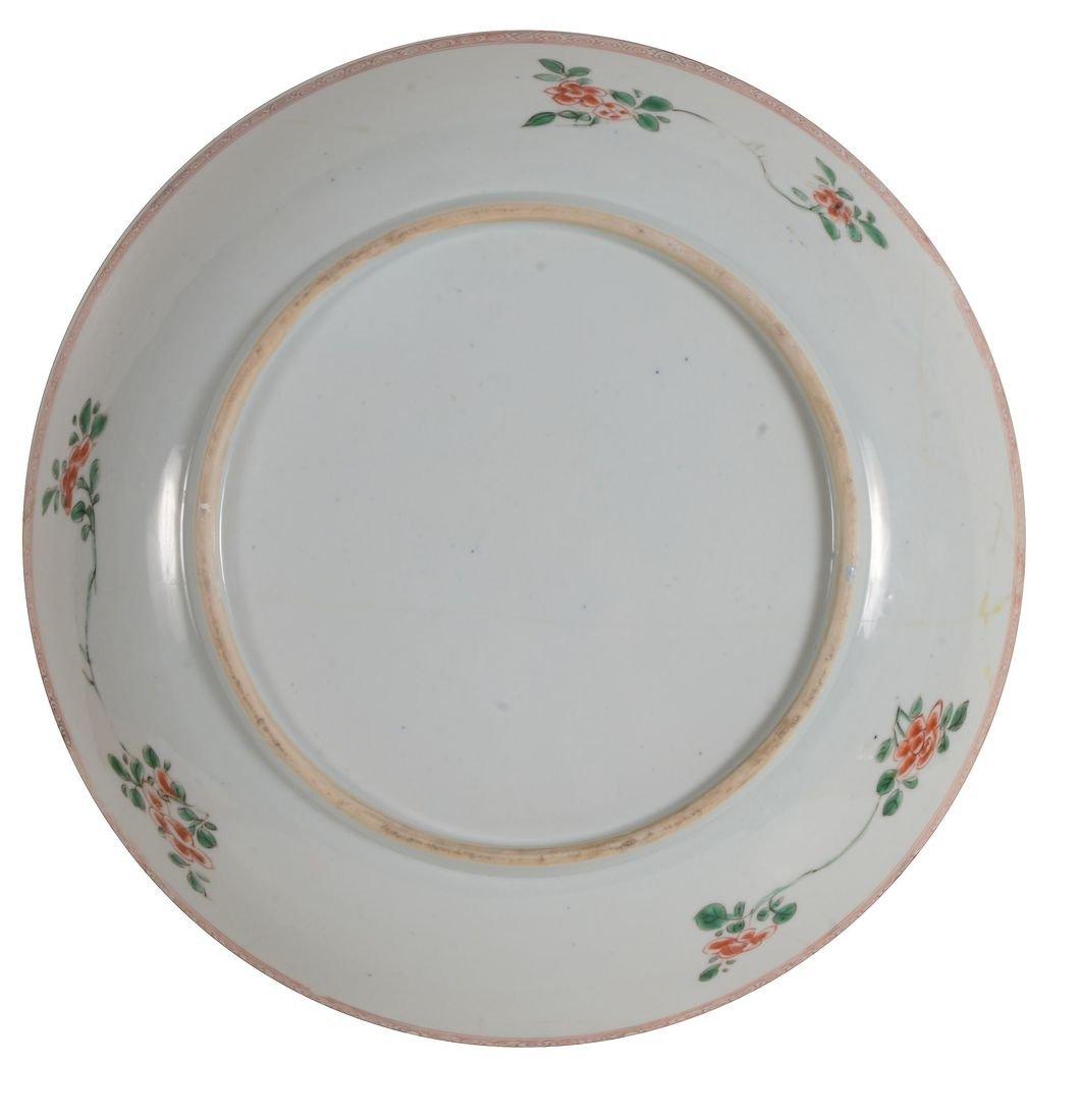A large Chinese Famille Verte dish, Kangxi - 2