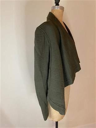 Roqye green jacket