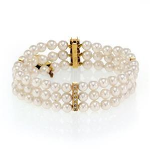 Mikimoto Akoya Pearls Diamond 18k Yellow Gold Triple
