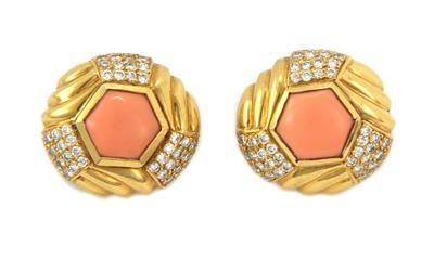 2.00ct Diamond Angel Skin Coral 18k Yellow Gold Post