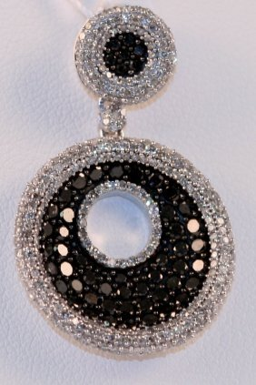Designer 14k White Gold Pendant With White And Black Di