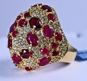 Ladies Designer Diamond And Ruby Ring Set In 14k Yellow