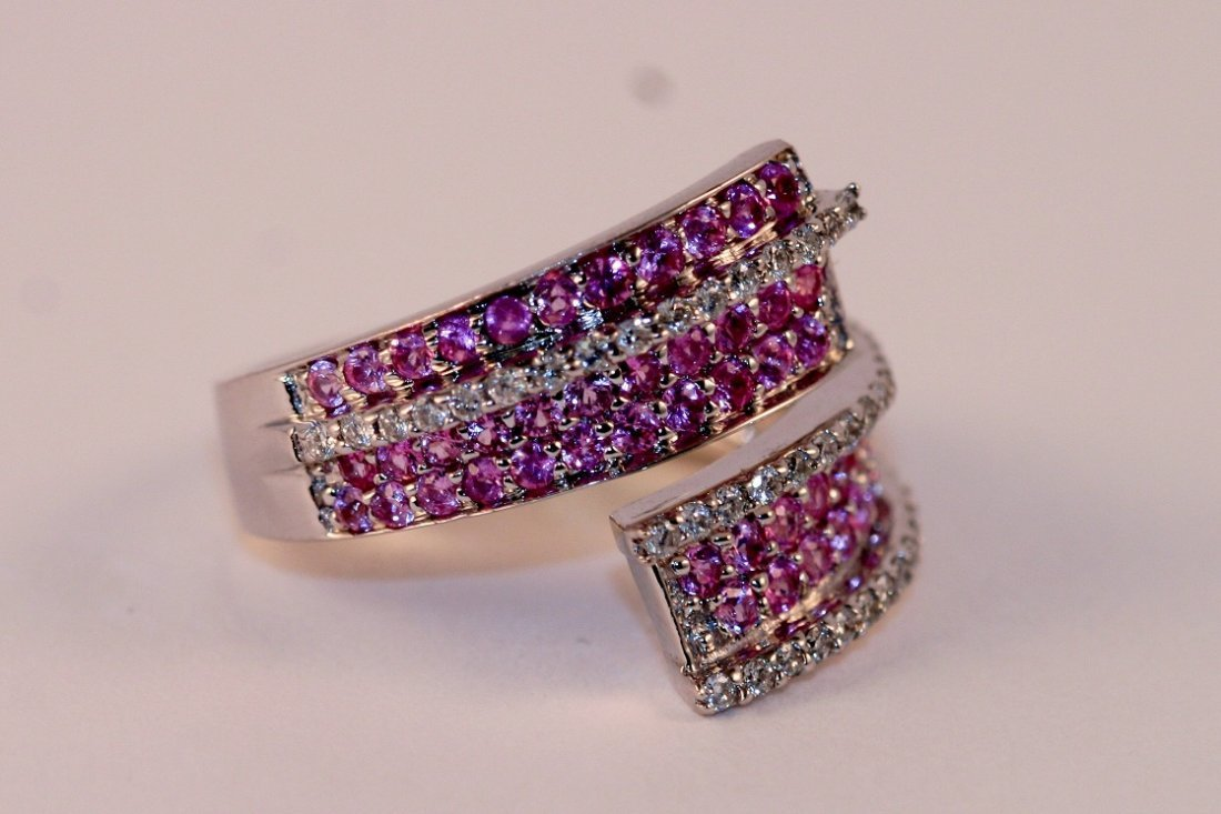 Ring 14k White Gold Diamonds and Pink Sapphires.