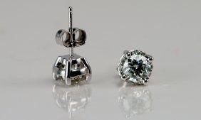 Diamond Stud Earrings , 14k White Gold.
