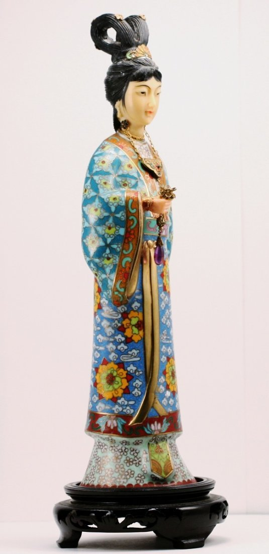 9: Cloisonne Standing Beaty in Turquoise Color