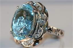 266 Ladies 14k White Gold Diamond and Aquamarine Ring