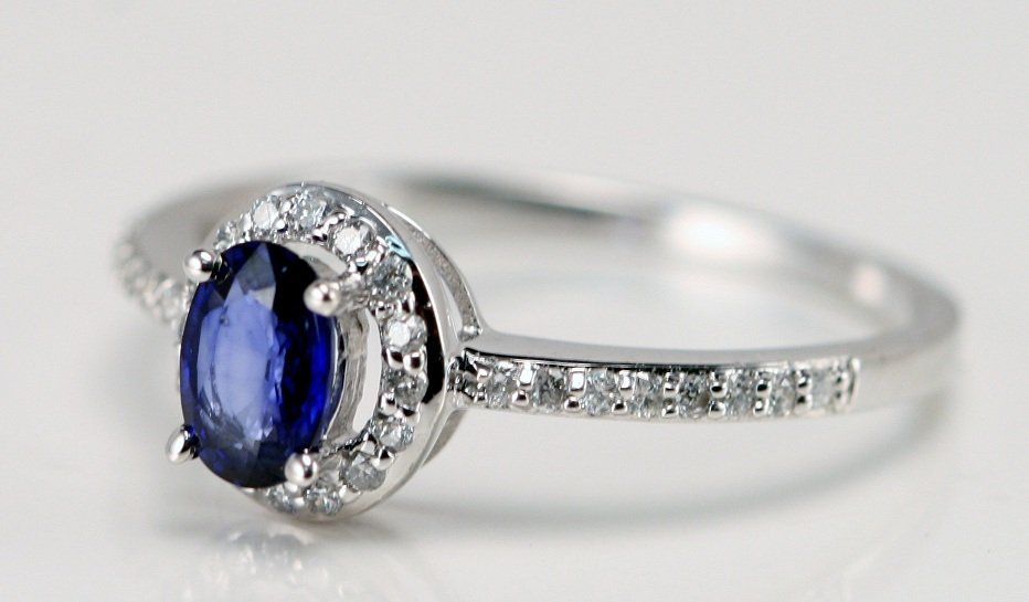 14K W/G DIAMOND AND SAPPHIRE RING