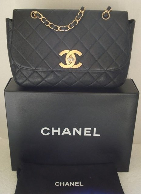 CHANEL Vintage Black Caviar 255 Flap XL Satchel Messeng