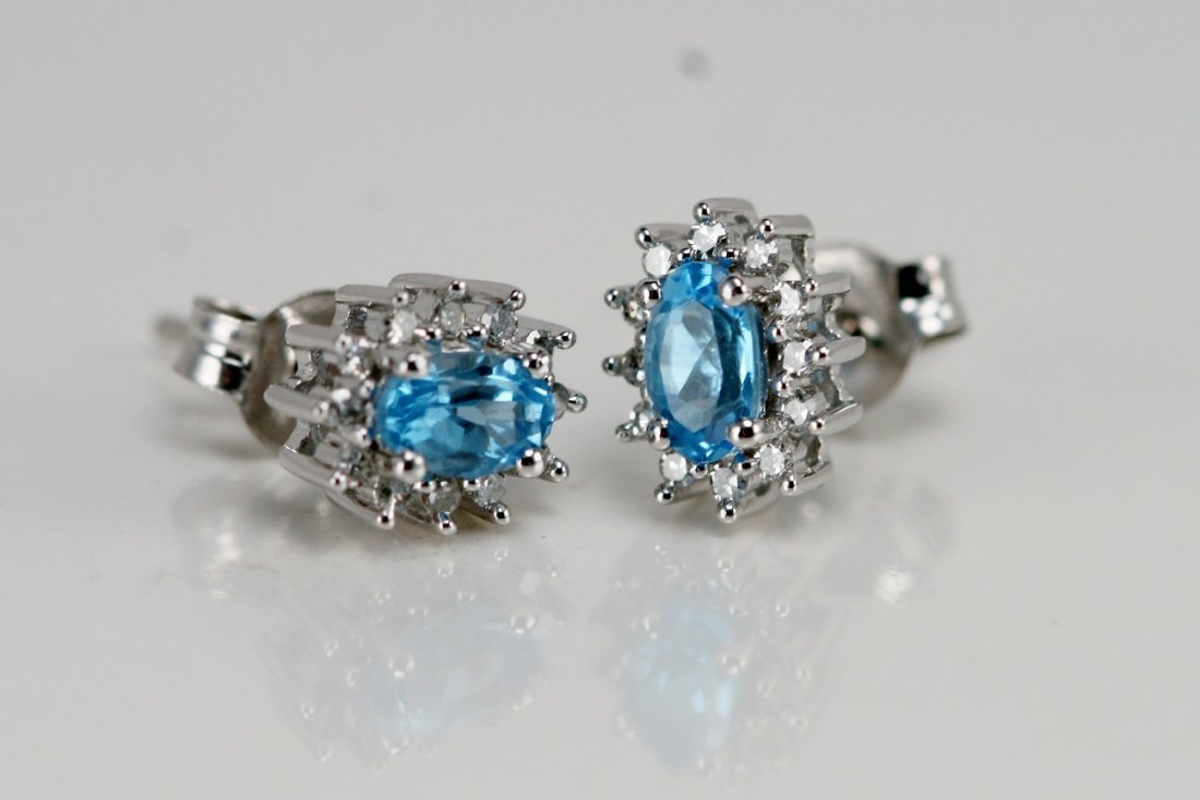 14K W/T DIAMOND & BLUE TOPAZ ER