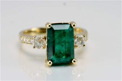 14K Y GOLD DIAMOND AND EMERALD RING