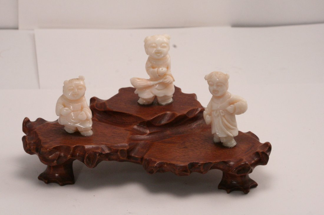 Coral Carving of Children