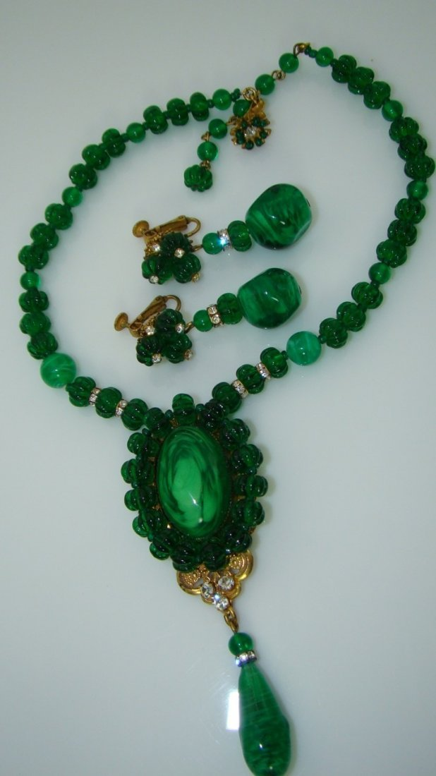 VINTAGE MIRIAM HASKELL EMERALD GREEN MELON GLASS