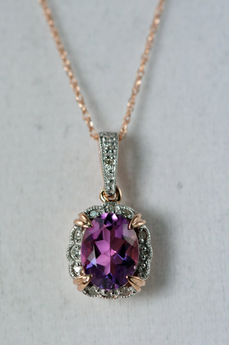 18K ROSEGOLD NECKLACE WITH 1.09 TOTAL WEIGHT DIAMONDS
