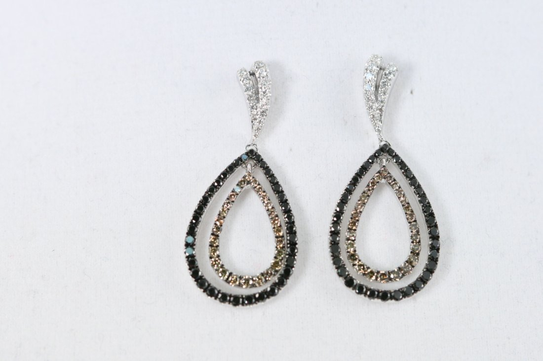 18K W/G EARRINGS WITH BLACK, WHITE AND BROWN DIAMONDS