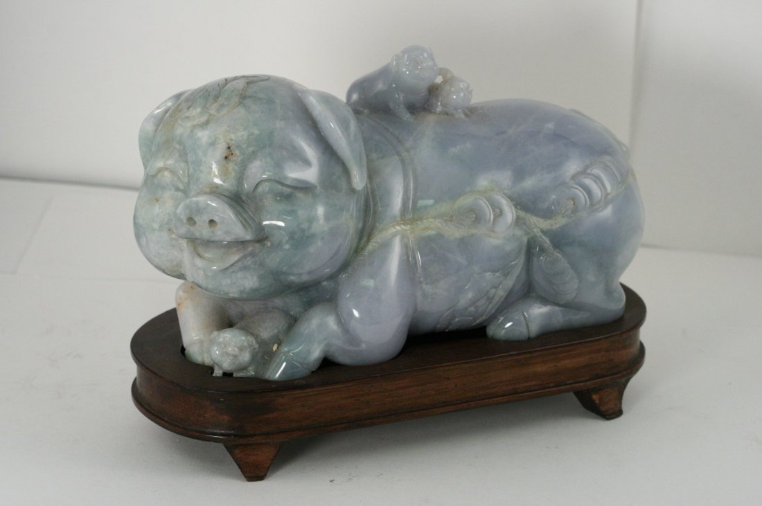 LARGE JADEITE CARVED PIG WITH PIGLETS  VERY GOOD