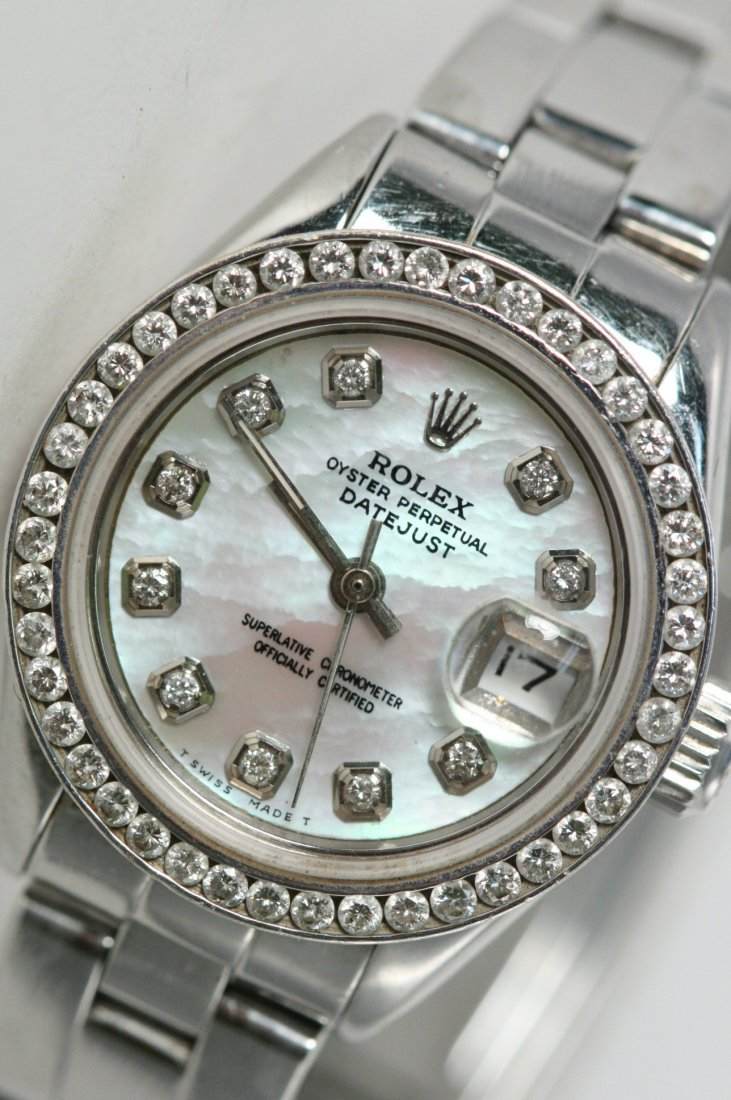 GORGEOUS ROLEX OYSTER PERPETUAL DATEJUST WATCH WITH