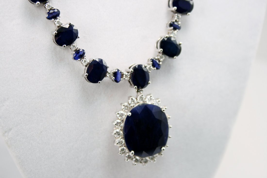 GORGEOUS SAPPHIRE AND DIAMOND NECKLACE WITH APPRAISAL