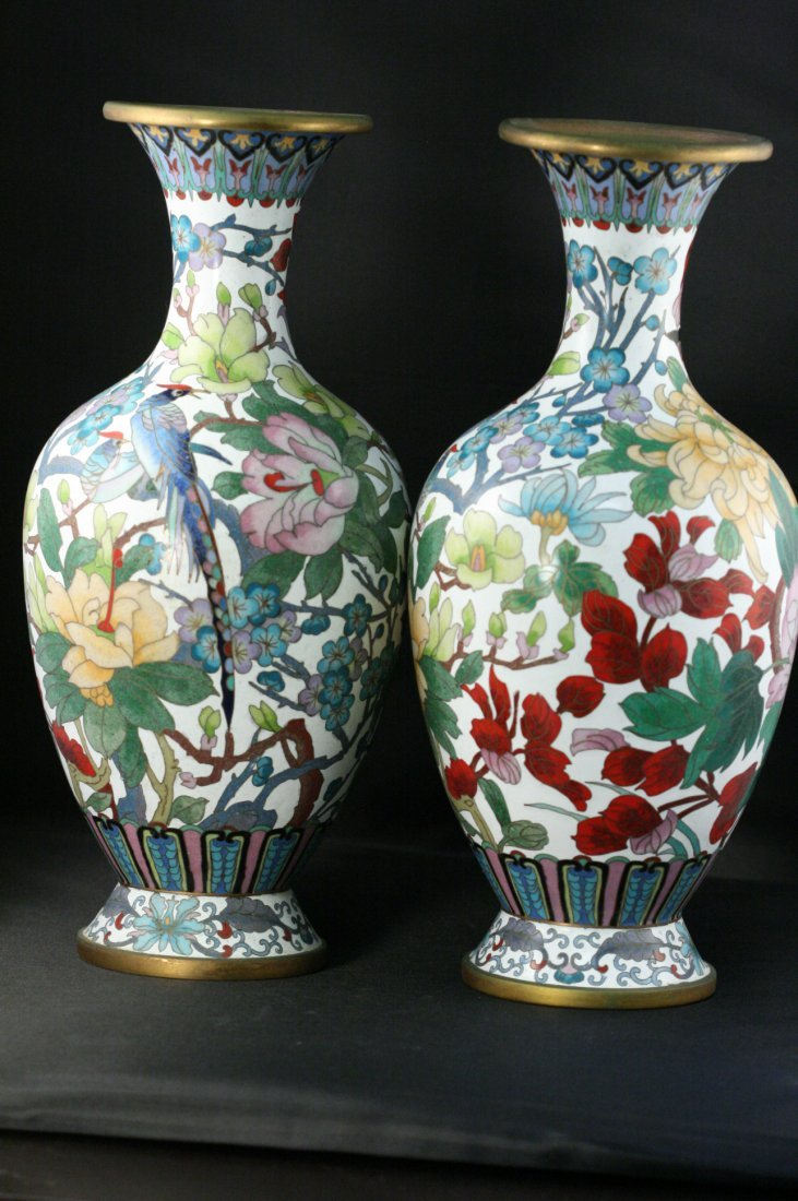 PAIR OF ANTIQUE CHINESE CLOISOMME VASES
