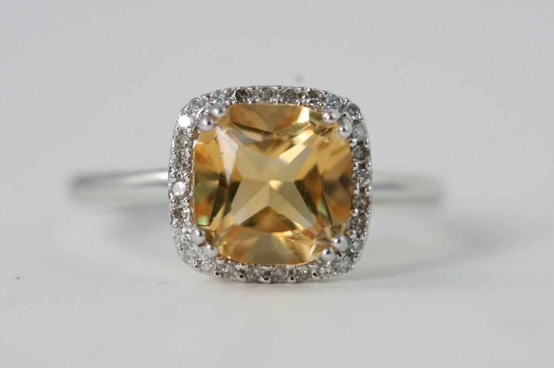 GORGEOUS 14K W/G CITRINE RING WITH DIAMONDS