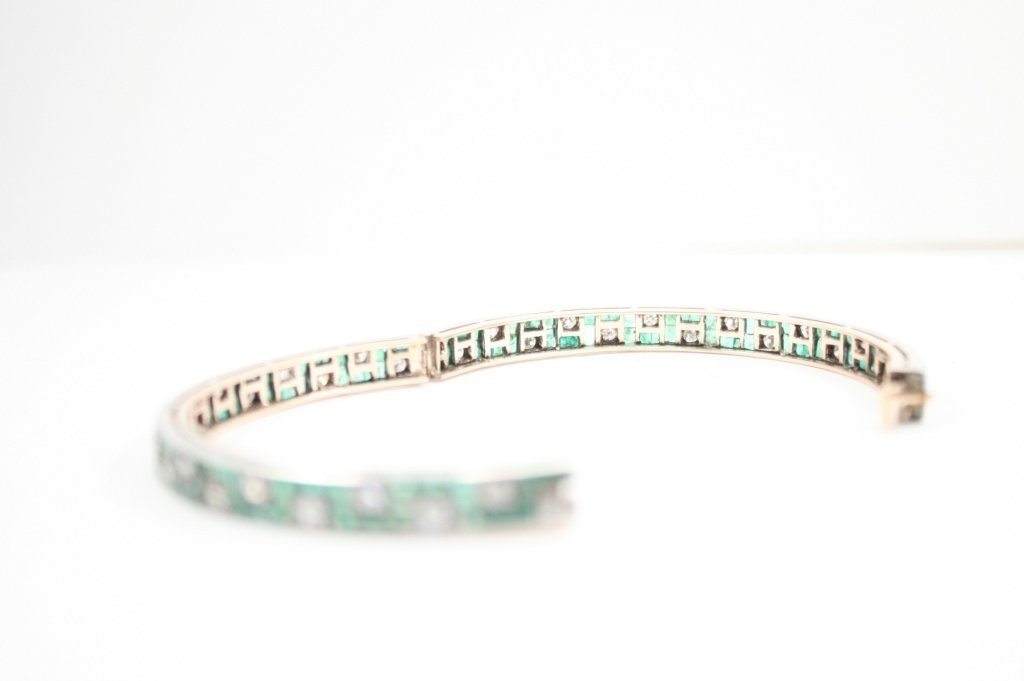 GOLD DIAMOND/ EMERALD BRACELET