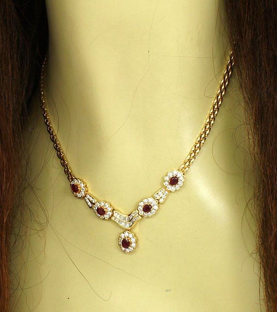 BREATHTAKING 18KGOLD, 3 CTS DIAMONDS & 3 CTS RUBIES