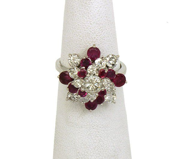 LAVISH 18K GOLD 3.35 CTS DIAMONDS & RUBIES LADIES DRESS