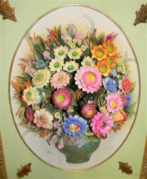 Capodimonte Italian Porcelain 3d Flower Vase On Frame