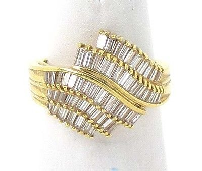STUNNING 18K GOLD & DIAMONDS DRESS COCKTAIL RING